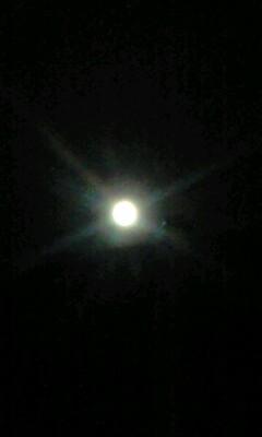 満月に近い夜