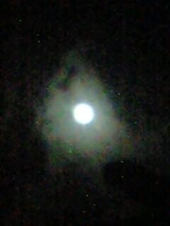 まもなく満月