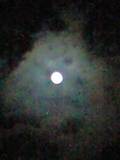 満月に向かう月。。(^-^)/