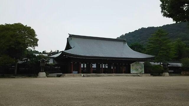 橿原神宮へ