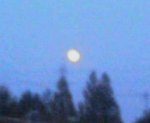 こんやは満月(^-^)